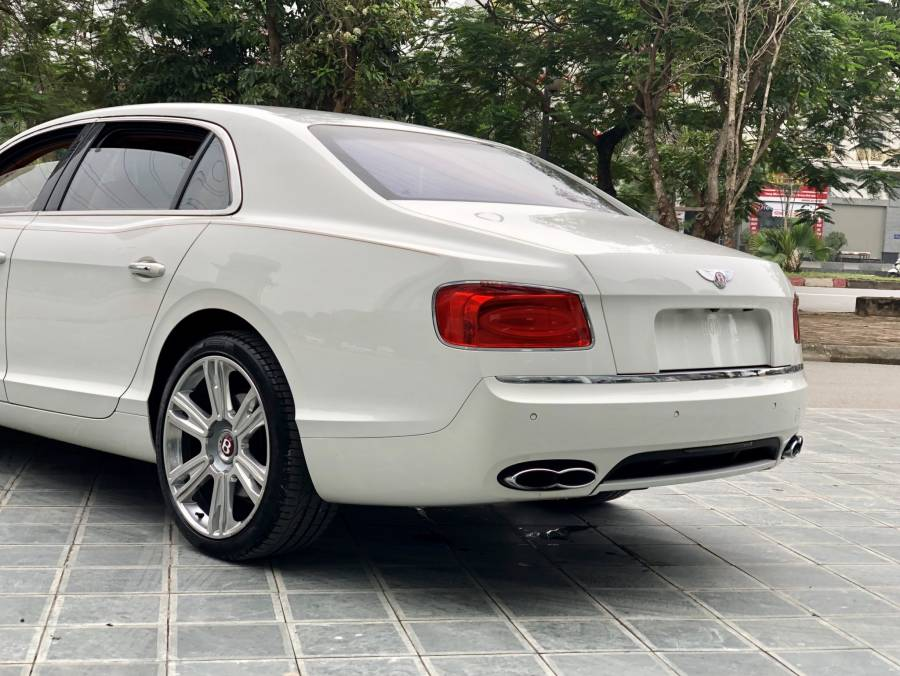 Bán Bentley Continental Flying Spur W8 Model 2017 mới LH: 0982.84.2838