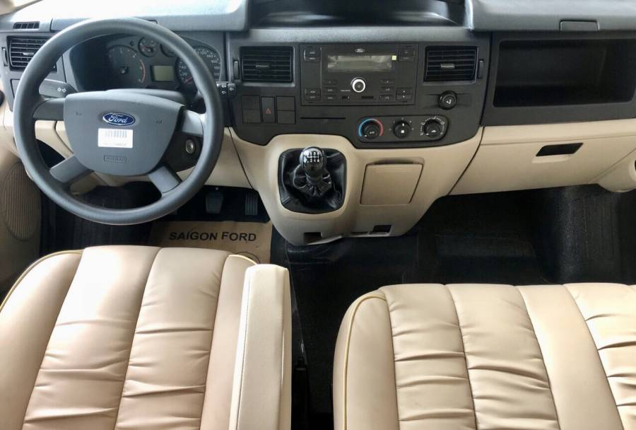 Bán Ford Transit Limited cao cấp 2021 mới