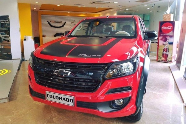 Xe oto Chevrolet Colorado 2019